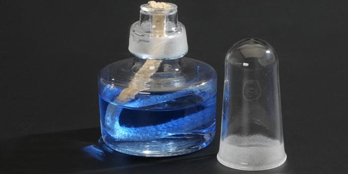 Szklany PALNIK SPIRYTUSOWY wyposażony dodatkowo w metalowy trójnóg i płytkę